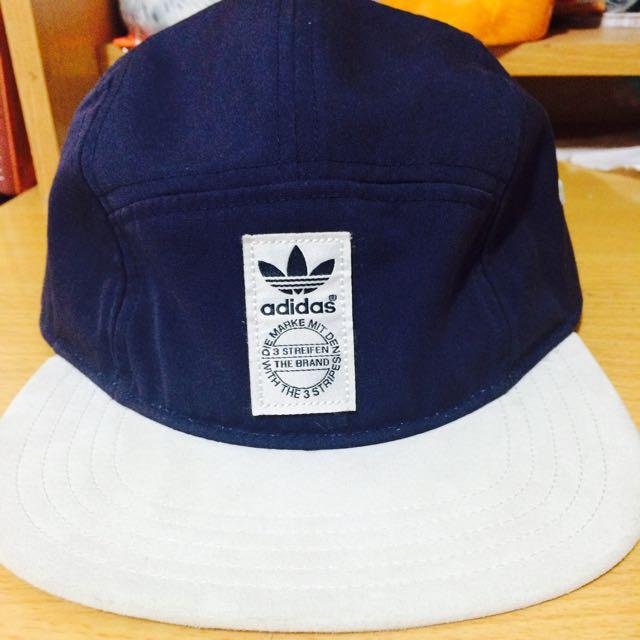 Adidas 五分割帽