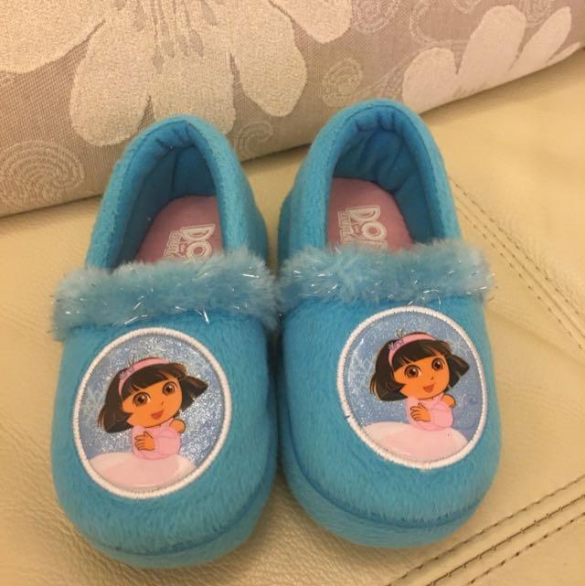 迪士尼購入~Dora室內鞋