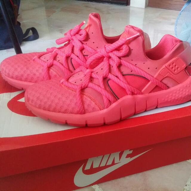 2755041458110 Nike Air Huarache NM