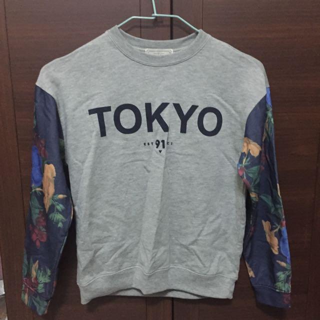 Pull&bear Tokyo字樣手臂玫瑰印花衛衣 大學T