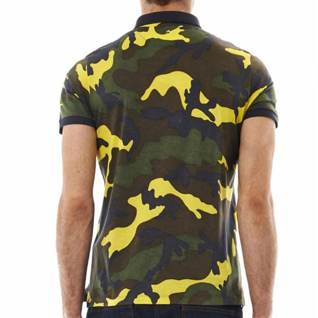 b34a2f62d Valentino Camouflage Print Jersey Polo Shirt, Luxury, Apparel on Carousell