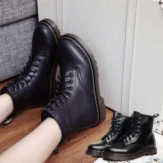 高筒馬丁靴亮面款
