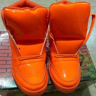 再降價!橘色 富發牌 球鞋 板鞋