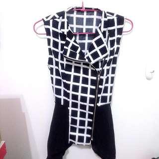 (二手)黑白方格無袖雪紡衫