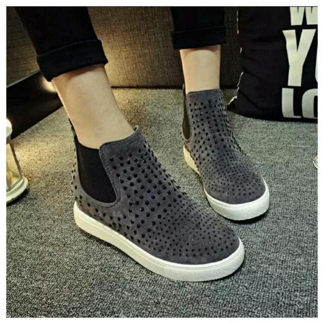 厚底平跟短靴(共3色)