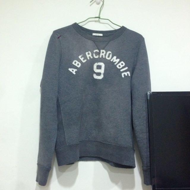 A&F 灰色 刷毛 上衣