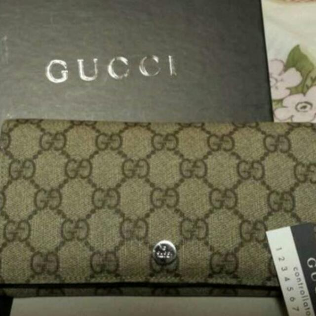 Gucci Wallet, 90%new with Box