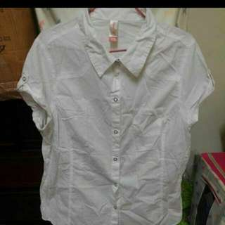 全新未穿過短袖白色長版襯衫