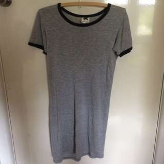 SUBTITLED Dress Top Tee T Shirt