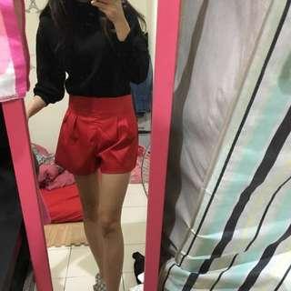 秋冬黑色上衣 紅色短褲 一套 可單買