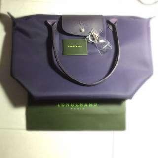 保留中。  Longchamp 長把m號 紫色(全新)