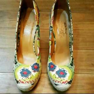 Nine West楔型鞋