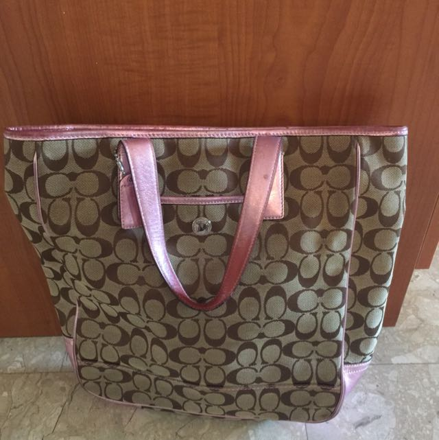 9abbc35200 ... discount code for pink coach tote bag luxury on carousell 41dbf 60c21