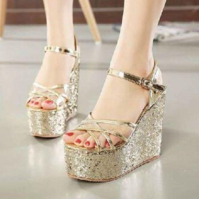SALE Heels Gold