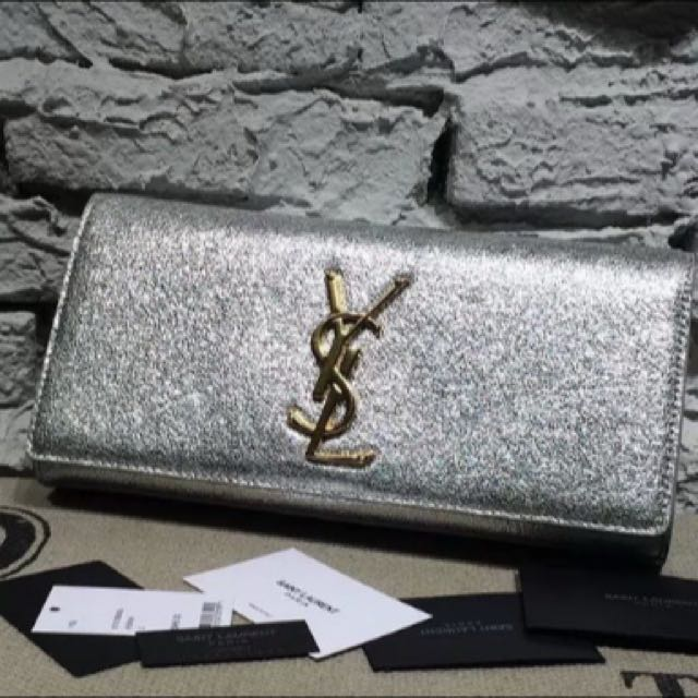 Yves Saint Laurent Monogramme Clutch Goat Metal Leather
