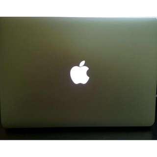 Mac Air 13inch (2013 Model) - Upgraded RAM
