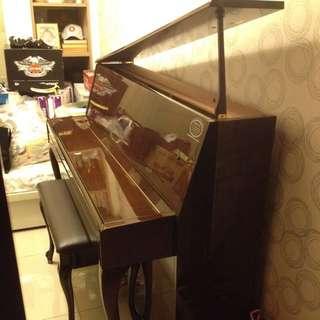 日本YAMAHA原裝進口L102鋼琴