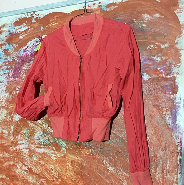 短版棉質俏麗外套