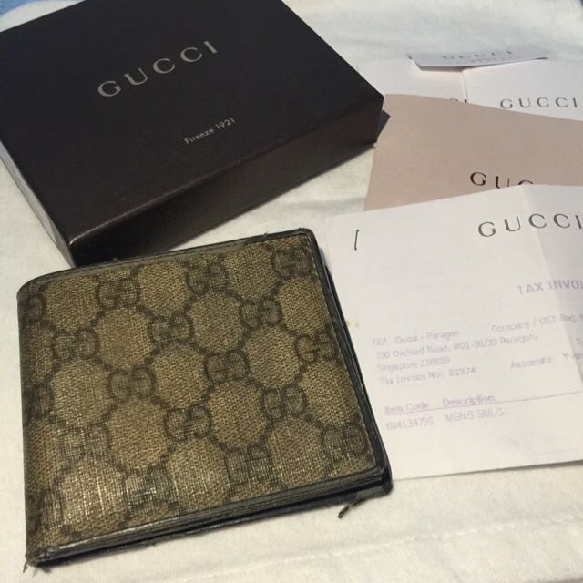 16269ac585b698 Authentic Gucci Wallet Men's, Luxury on Carousell