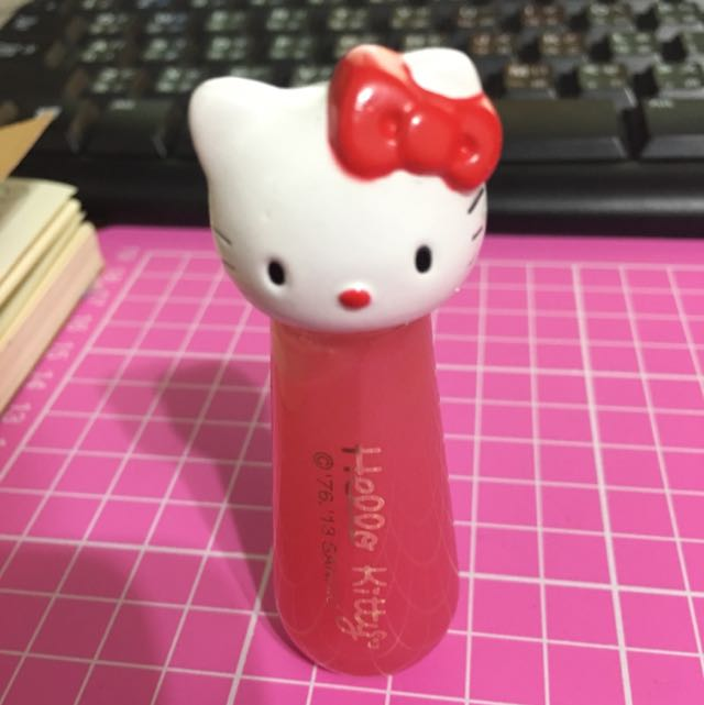 HELLO KITTY 唇蜜
