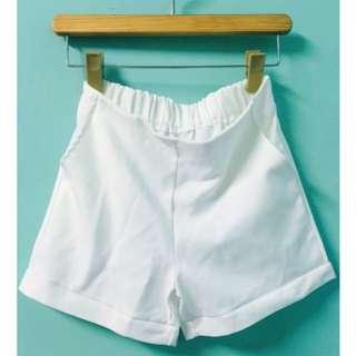 白色短褲(全新💥💥)