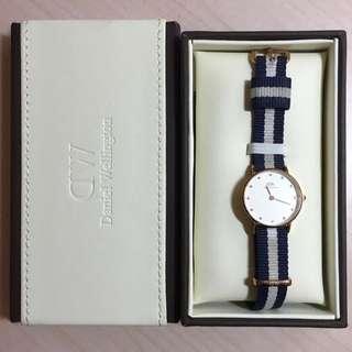 DW 26mm 藍白尼龍錶