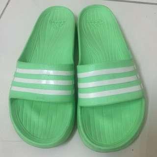正 愛迪達 Adidas 拖鞋 23.5-24.5