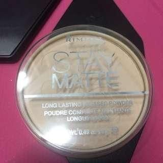 Rimmel Stay Matte In 005 Silky beige