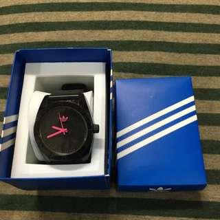 Adidas 手錶