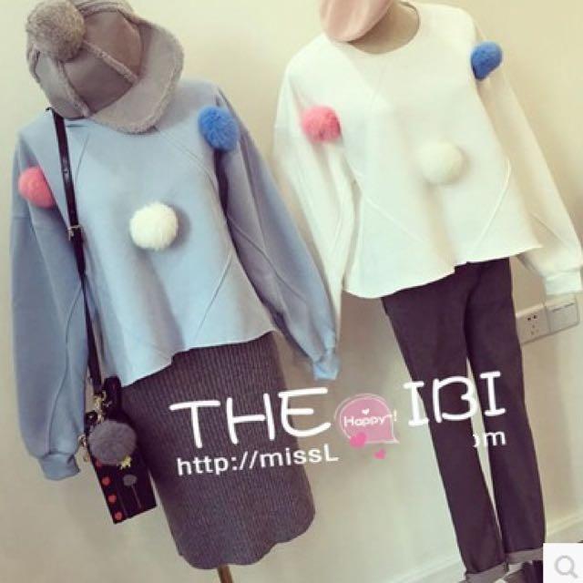 兔毛球球內刷毛上衣(白/藍)