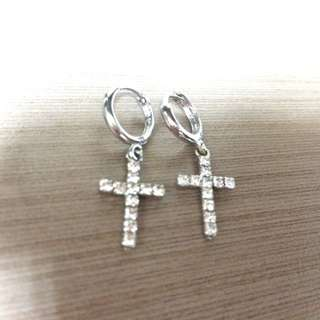水鑽十字架耳環