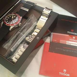 Tudor Black Bay Heritage 79220R: bracelet, nato strap