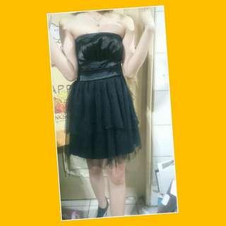 黑色平口網紗洋裝
