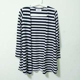 全新 台灣製黑白橫條長版外套/罩衫