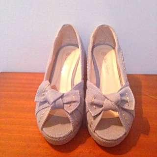 📢大拍賣 全新 牛仔布楔型鞋