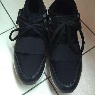 韓國運動鞋