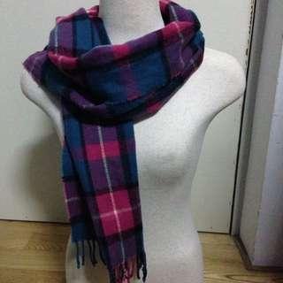 粉紅格紋圍巾