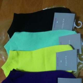 短襪 全新 五個顏色 一雙15$