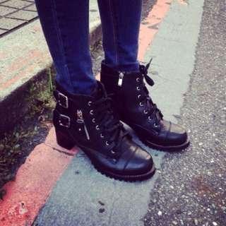 (全新) 韓版扣環低跟短靴 24cm可穿