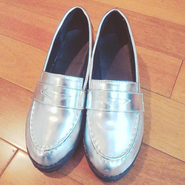 韓版銀色牛津亮皮鞋