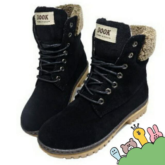 #五百元好女鞋 #運費我來出 👏DOOK 絨毛 拼接 綁帶帥氣中筒靴💃