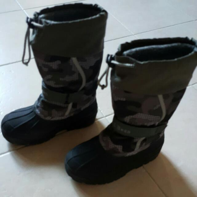 dc362f75683f Kids Winter Boots From LL Bean. Insulated For 0 Deg C Size 1 For 4 ...