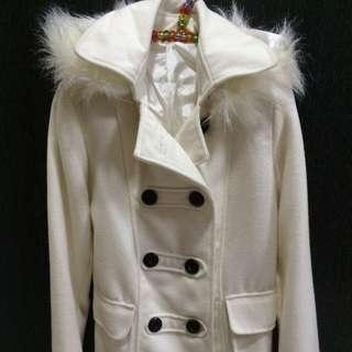 白色連帽雙排釦外套(帽子可拆)