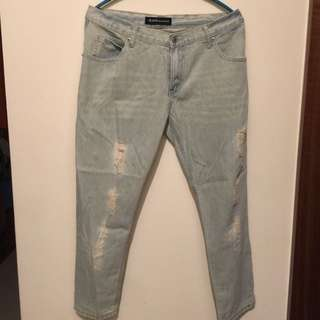 queen shop牛仔褲 (M) 九成新 (免運費)