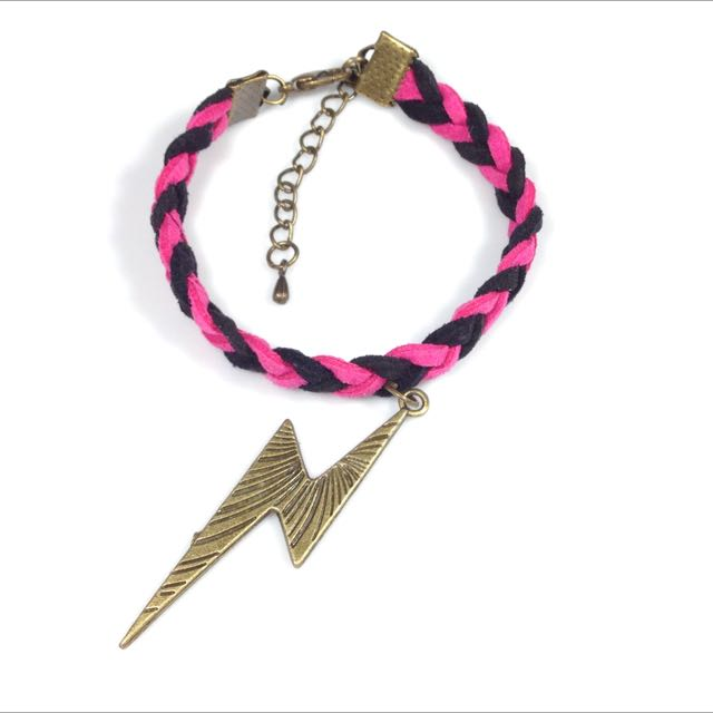 黑桃箭紋閃電皮繩手鍊(限量5條)