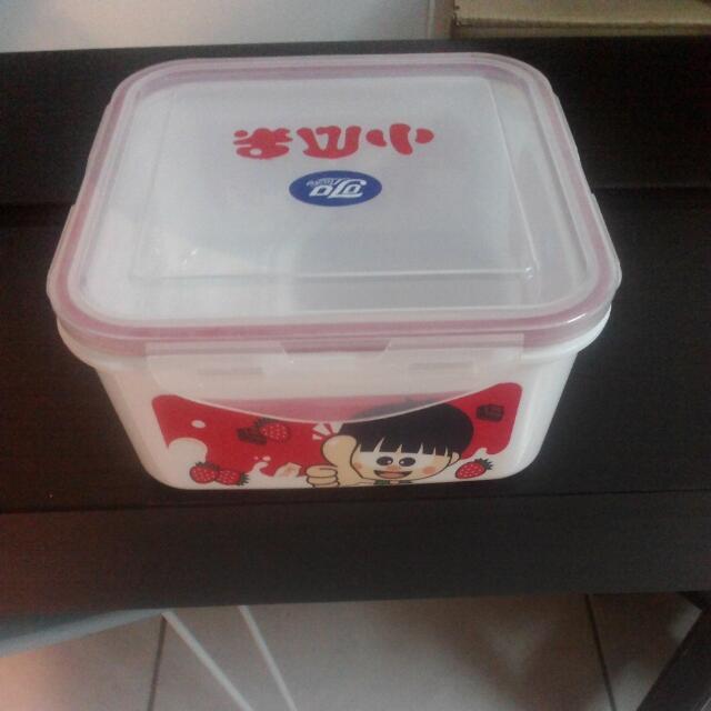 (保留,待匯) 密封保鮮盒 (1300ml)
