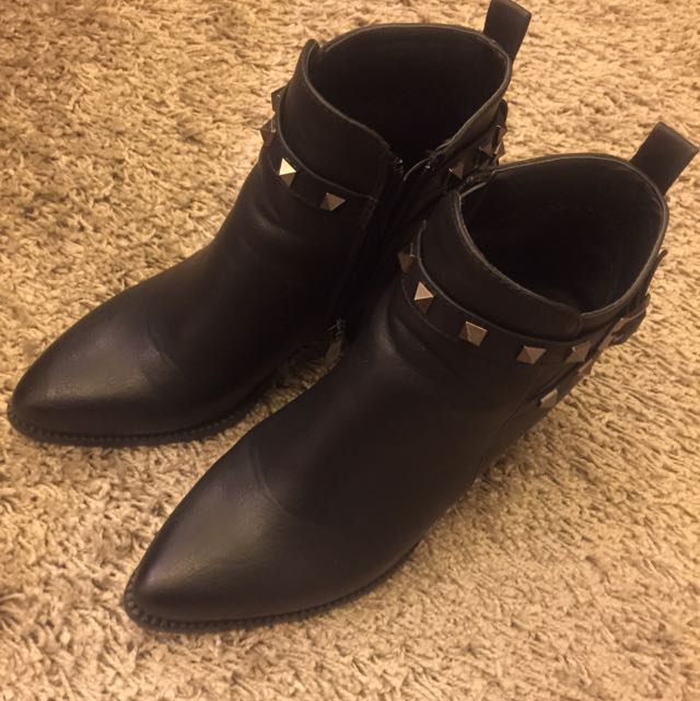 ✔️帥氣尖頭靴✔️
