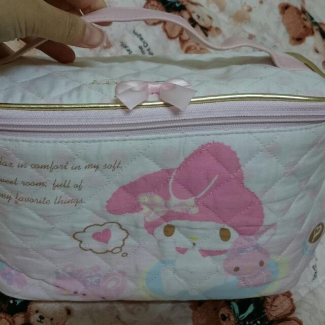 (待匯款,喜歡可排後補)全新 三麗鷗正版 美樂蒂 My Melody 化妝箱 置物箱 小提箱 旅行袋 粉紅 質感好