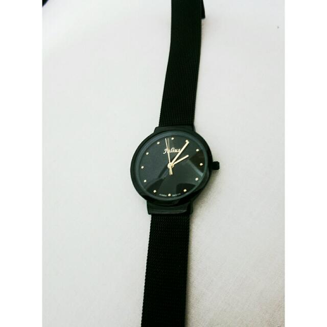 含運 近全新Julius黑色小圓錶