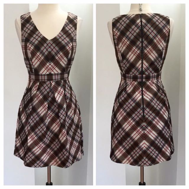Cue In The City Checkered Fit & Flare Dress. Size 12